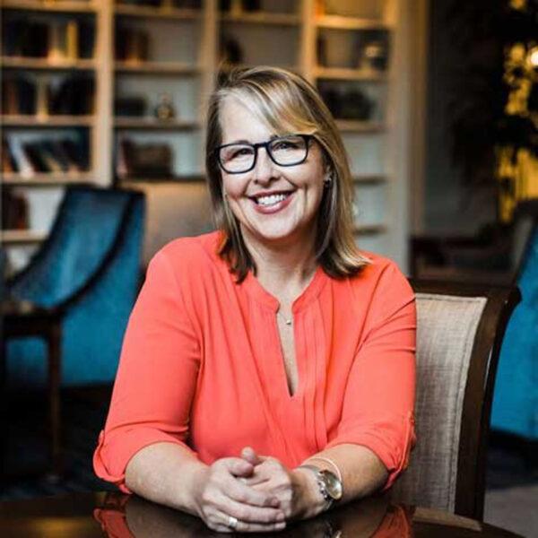 Dr Laura Hamill